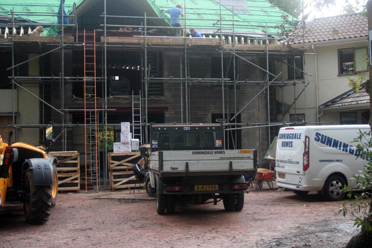 Sunningdale homes Ltd - Builders in Wentworth Virginia water Surrey